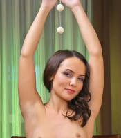 sexart_2012-05-14_PRESENTING-GLORIA_13